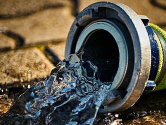 Kurs i vann til brannslokking og sprinkleranlegg