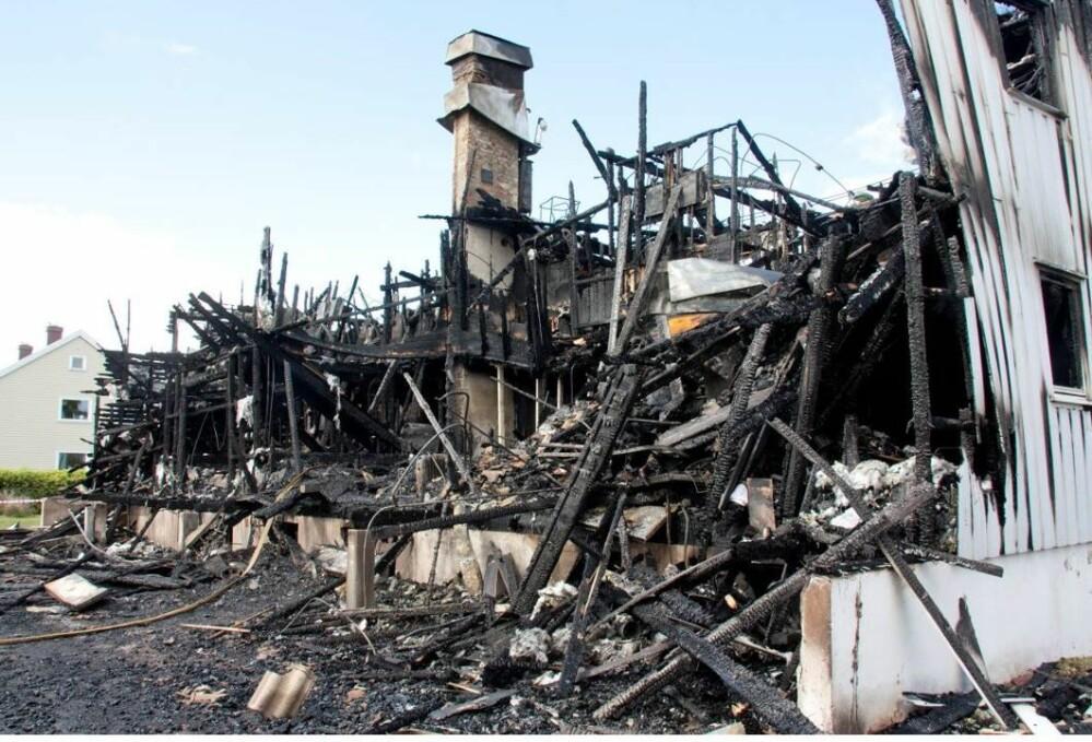 Juni 2013 brant det i Severin Kjærsvei i Tønsberg. En person omkom, og åtte kommunale leiligheter gikk tapt (foto: Thor Kr. Adolfsen).