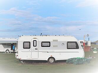 Ikke strengere krav til avstand mellom campingvogner i sommer