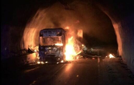 SHK etter tunnelbrann: Nødvendig med tiltak som gjør evakuering tryggere