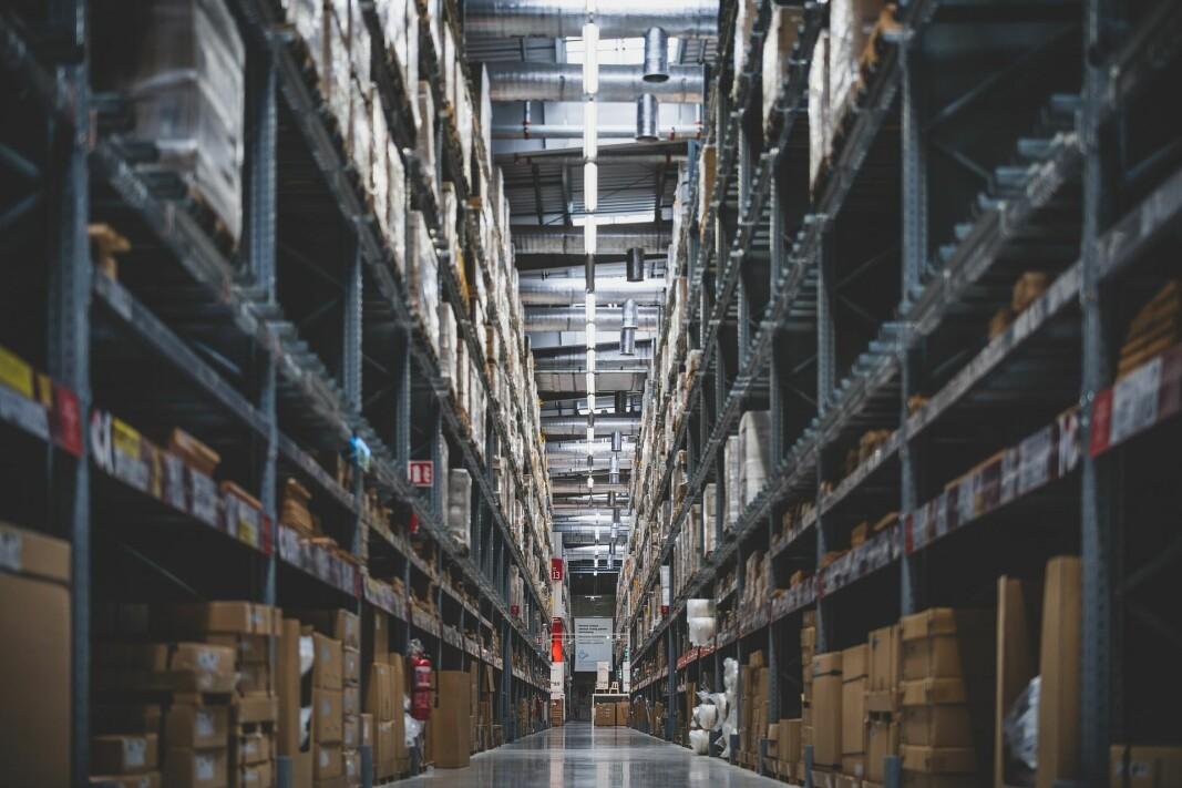 Store automatiserte lagerområder kan ha lavt oksygennivå som brannsikkerhetstiltak.