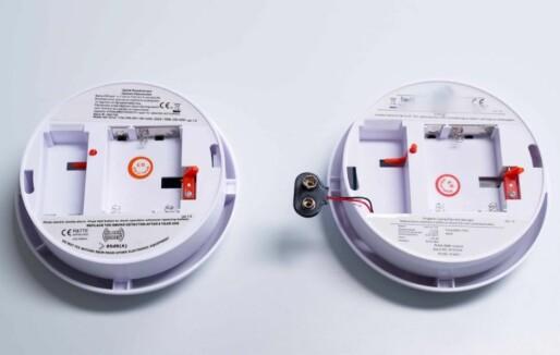 Røykvarslere uten batteripute kan føre til brann: 650 000 røykvarslere bør byttes ut