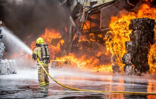 Åtte av ti avfallsanlegg mangler gode nok systemer for å begrense miljøkonsekvensene av branner