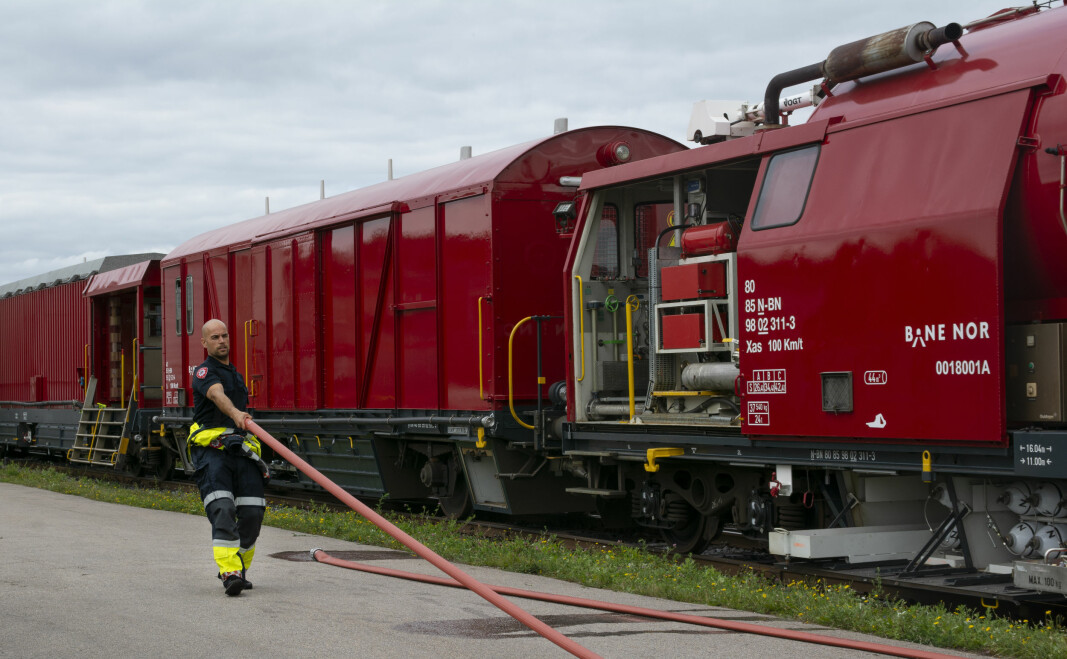 Utrykningsmannskap har tilgang på 1000 meter med brannslange på toget.