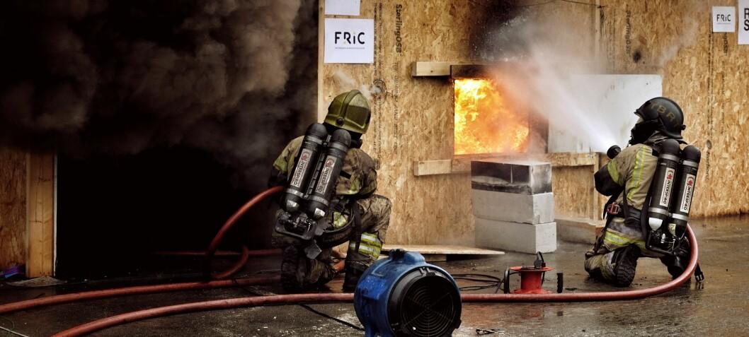 Ny rapport ser på metoder for effektiv, skånsom og miljøvennlig slokking av brann