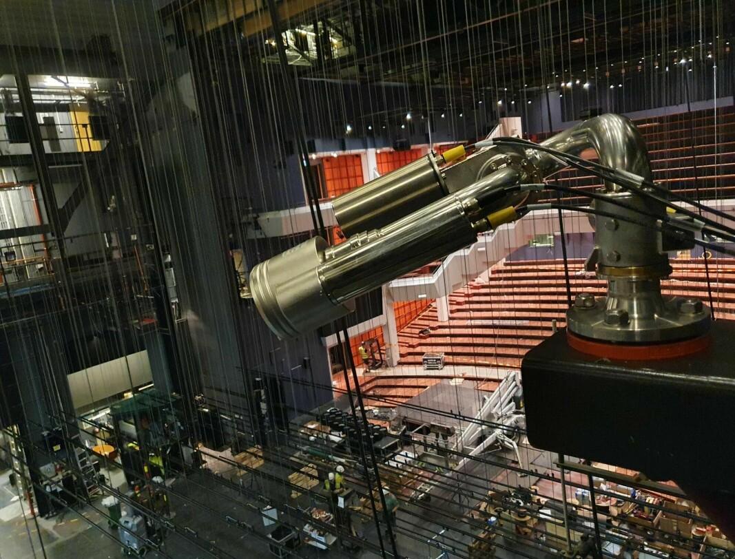 Slike robotslokkere skal vokte scenen i Olavshallen i Trondheim fremover.